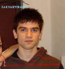 Томислав търси квартира
