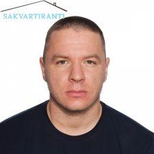 Радослав търси квартира