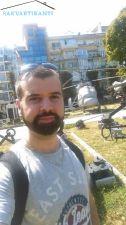 Кирил   търси квартира в София всички
